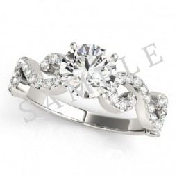Cologne Diamond Ring in 18k White Gold